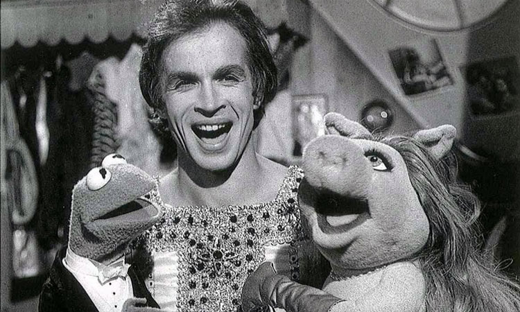 Nureyev dancing in The Muppet show – The Rudolf Nureyev