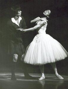 Rudolf Noureev dansant La Sylphide - 1963 - avec Margot Fonteyn